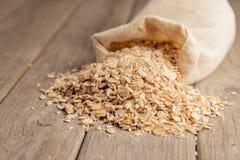Flocons de farine d'avoine images libres de droits