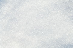 Flocons et cristaux blancs de neige de fond de neige d'hiver Photos libres de droits