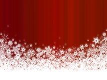 Flocos de neve brancos na obscuridade - fundo vermelho Imagens de Stock Royalty Free