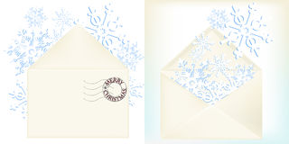 Flocos de neve de papel no envelope Fotos de Stock Royalty Free