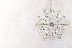 Flocos de neve do Natal, fundo no estilo do vintage ano novo feliz 2007 Fotos de Stock Royalty Free
