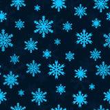 Flocos de neve no céu azul - teste padrão sem emenda do Natal Imagens de Stock Royalty Free