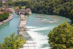 Flod Aare till och med Bern Arkivfoto