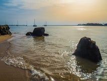 Flod Arado av den atlantiska kusten, Portugal Arkivfoton
