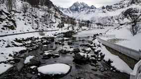 Flod av snö och Ic Arkivbilder
