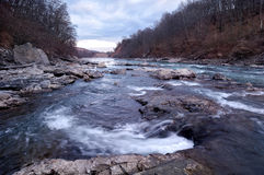 Flod Belyaya i Kaukasus Royaltyfria Bilder