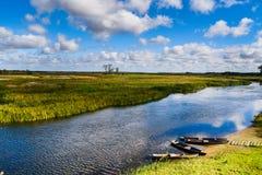 Flod Biebrza, Podlasie-Polen Arkivfoton