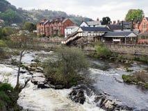 Flod Dee och Llangollen station Arkivbild