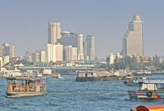 flod för bangkok chaopraya Arkivfoto
