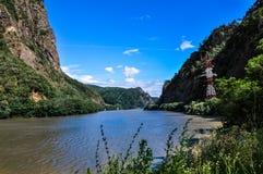 Flod för Carpathian berg Royaltyfri Foto