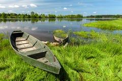 flod för fartygporslinhunan landskap Arkivfoton