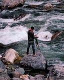 Flod för fotografTaking Picture At flugsmälla, Kpk, Pakistan royaltyfri foto