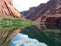 flod för kanjoncolorado tusen dollar Arkivbilder