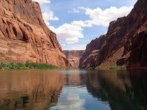 flod för kanjoncolorado tusen dollar Arkivbild
