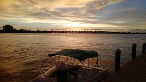 Flod för Manatee för Florida sydvästlig solnedgångsikt Arkivbild