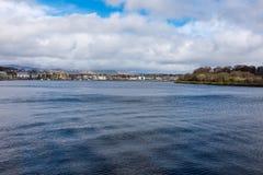 Flod Foyle Derry Northern Ireland Arkivfoton