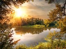Flod i oktober Royaltyfria Foton