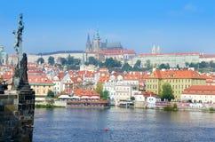 Flod i Prag Arkivbild