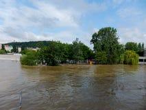 Flod i Prague Fotografering för Bildbyråer