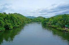 Flod Kwai på Kanchanaburi Royaltyfria Foton