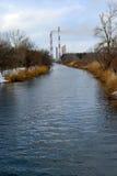 Flod Leda i rör den termiska kraftverket fotografering för bildbyråer