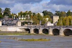 Flod Loire på Tours i Frankrike Royaltyfri Bild