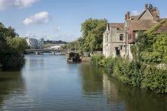 Flod Medway på Maidstone, Kent Royaltyfria Foton