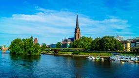 Flod Meno i Frankfurt royaltyfri bild