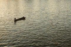 Flod och fartyg Fotografering för Bildbyråer