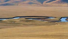 Flod på grässlätten Royaltyfri Fotografi