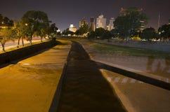 Flod på natten Arkivfoto