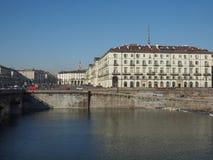 Flod Po i Turin Royaltyfri Fotografi