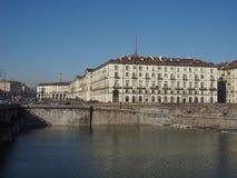 Flod Po i Turin Royaltyfri Foto