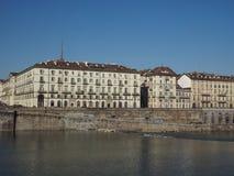 Flod Po i Turin Arkivbild