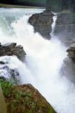 flod rockies för alberta athabaskaKanada falls Royaltyfria Bilder