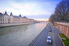 Flod Sena i Paris Arkivbilder
