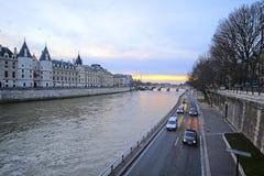 Flod Sena i Paris Royaltyfria Foton