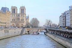 Flod Sena i Paris Fotografering för Bildbyråer