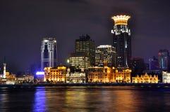 flod shanghai för pu för bundporslinhuang natt Arkivbild
