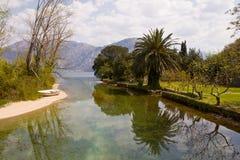 Flod som flödar till fjärden av Kotor, Montenegro Fotografering för Bildbyråer