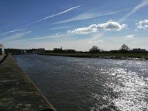 flod som sparkling royaltyfri foto