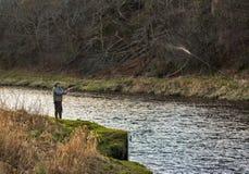 Flod Spey, invigningsdag av fiskesäsongen 2014. Royaltyfri Foto