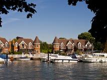 Flod Thames, Cookham, England royaltyfria bilder
