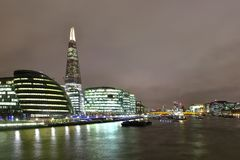 Flod Thames på natten Arkivfoto