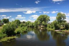 Flod Trubezh i Pereslavl. Royaltyfri Fotografi