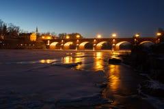 Flod Venta, Kuldiga, Lettland Arkivbilder