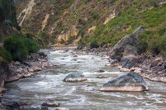 Flod Vilcanota - drevritten till Machu Picchu Royaltyfria Bilder