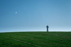 Flodden-Feld-Kreuz und Mond Lizenzfreies Stockbild