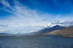 Floden Fotografering för Bildbyråer