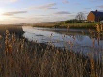 Floden Alde - Snape Maltings - Suffolk Arkivbild